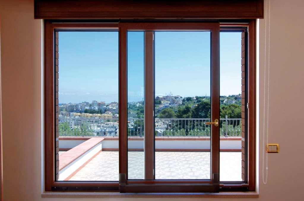 Specialvetroserramenti - Porte e finestre in alluminio ...